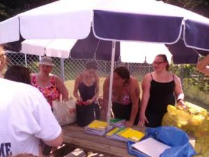 8 Giveaway Swim Aug